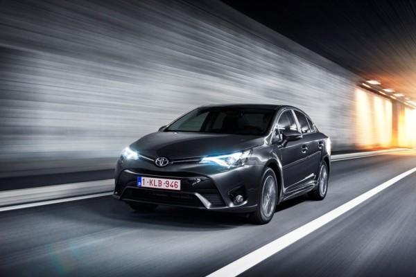 Toyota'da Fiyatlar Ekimde de Avantajlı