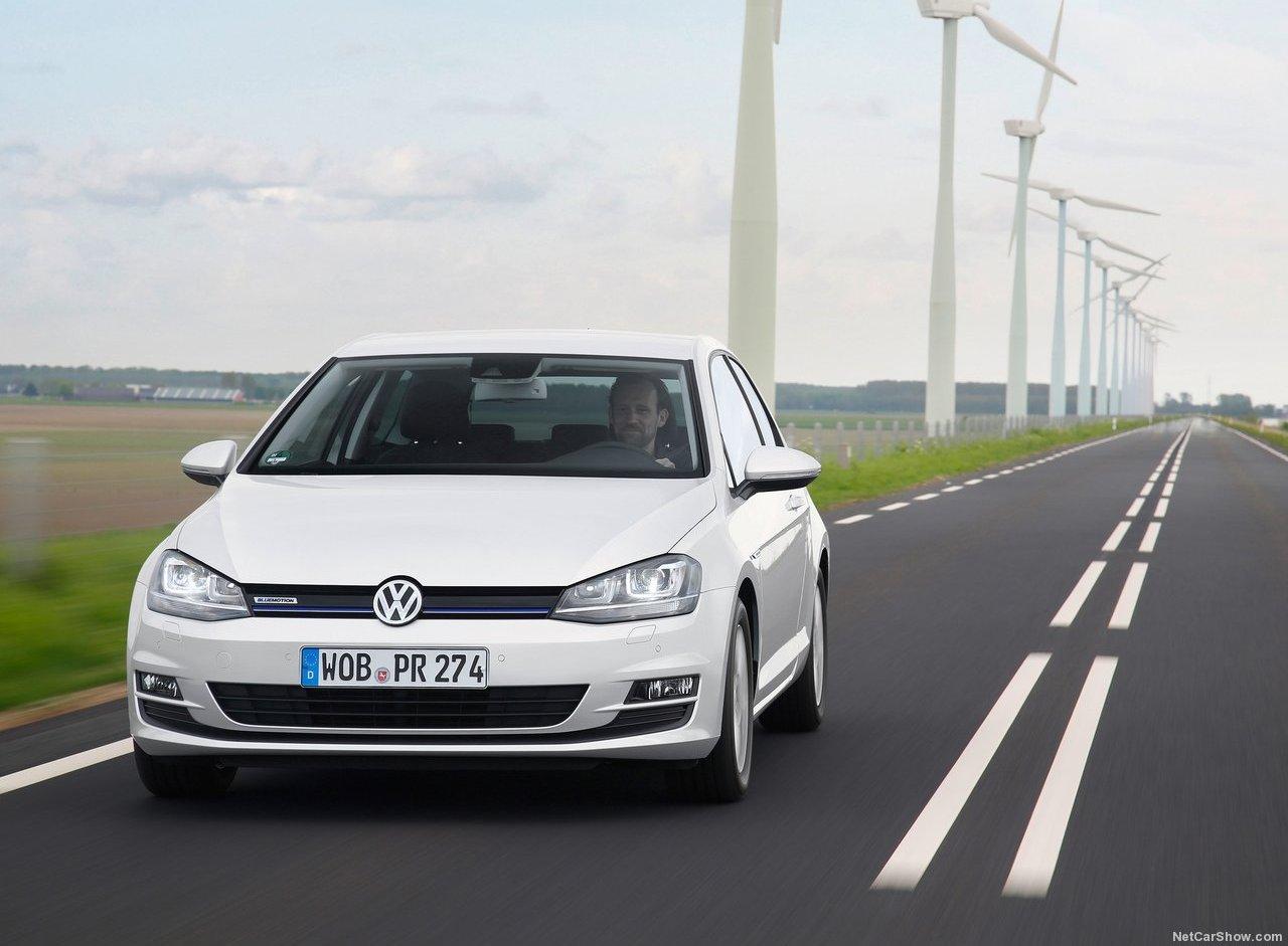 Volkswagen Golf 1.0 TSI BlueMotion Photo Gallery