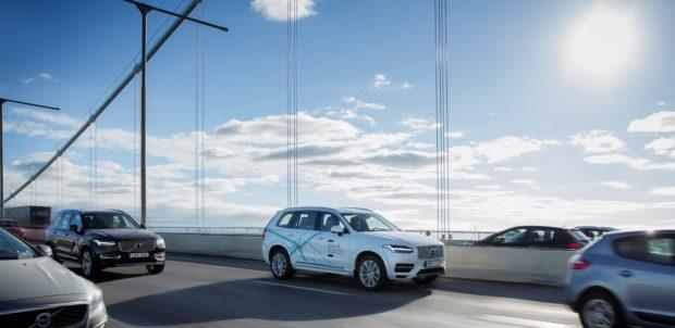 Volvo Cars ve araç paylaşım şirketi Uber, ortak proje kapsamında, geliştirilecek yeni baz otomobillerde, en yeni otonom sürüş teknolojileri yer alacak.