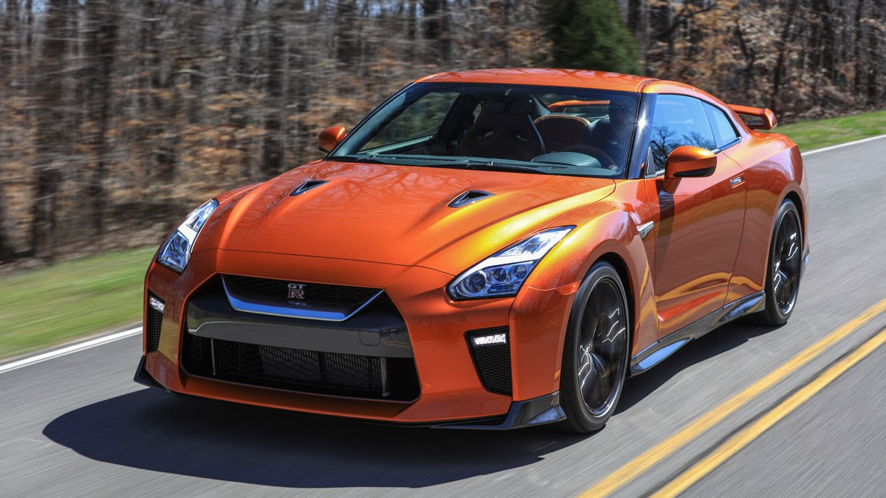 2017 Nissan GT-R, ultimate precision and performance VIDEO