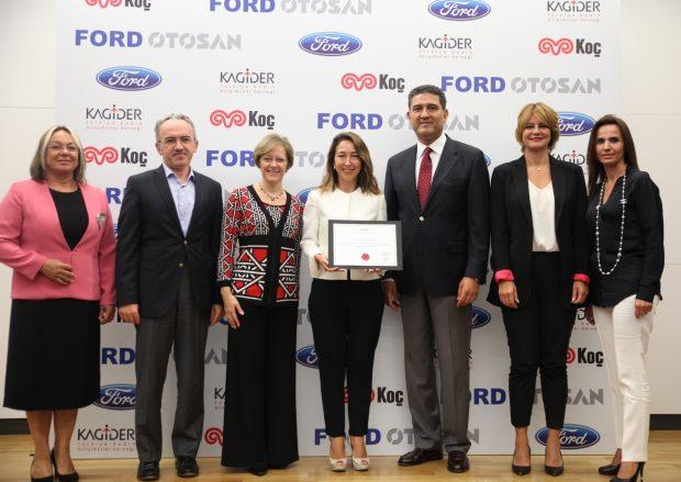 Ford Otosan KAGİDER'in Fırsat Eşitliği Modeli (FEM) Sertifikasını Türkiye'de almaya hak kazanan ilk otomotiv şirketi oldu.
