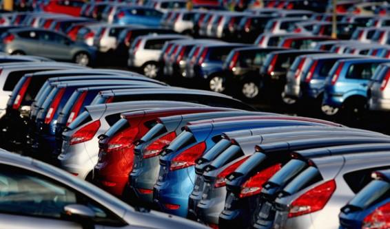 2016'nın Ocak - Eylül döneminde 3 milyon 426 bin 921 adet olarak gerçekleşen 2'nci el otomobil satışları, geçen yılın aynı dönemine oranla yüzde 7 arttı.