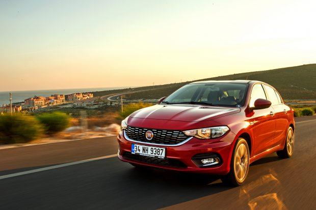 Fiat Egea Hatchback ve Egea Station Wagon ile 2016 model Linea, Punto, Panda, Fiorino ve Doblo Panorama model araçlar için de tüm vade ve tutarlarda yüzde 0.99 sabit faizli kredi avantajı sağlanıyor.