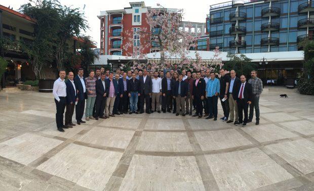Otokar, 2017'de müşteri odaklı yaklaşım ve grup sinerjisi ile farklı olabilmek adına 32 bayi satış müdürüyle KKTC Merit Crystal Hotel'de bir araya geldi.