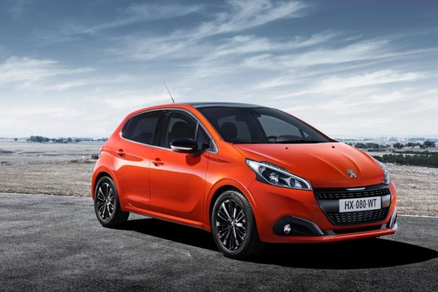 Peugeot Türkiye, binek ve ticari Peugeot modellerinde kasım ayı boyunca müşterilerine yüzde sıfır faizli kredi seçenekleri sunuyor.