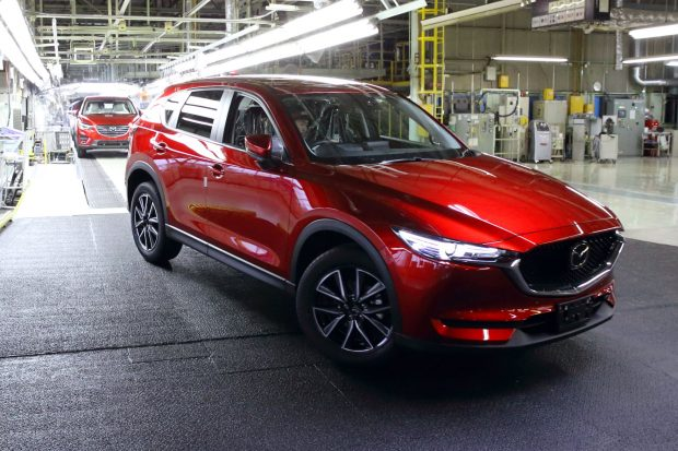 Mazda, Hiroşima'daki merkezinin yakınlarında yer alan 2 numaralı Ujina fabrikasında yeni Mazda CX-5'in üretimine başladı.