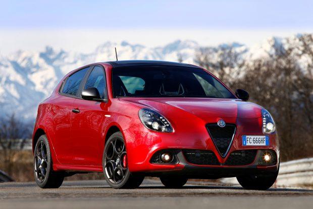 Alfa Romeo, yenilenen Giulietta için aralık ayı kampanyası ile ÖTV farkını karşılarken Koç Fiat Kredi desteği ile 0 faizli kredi de sunuyor.