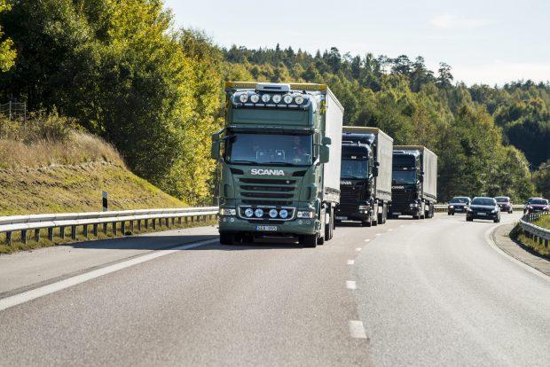 Singapur limanında otonom sürüş teknolojisine sahip 4 adet Scania kamyon ile konteynır taşımacılığı yapılması planlanıyor.