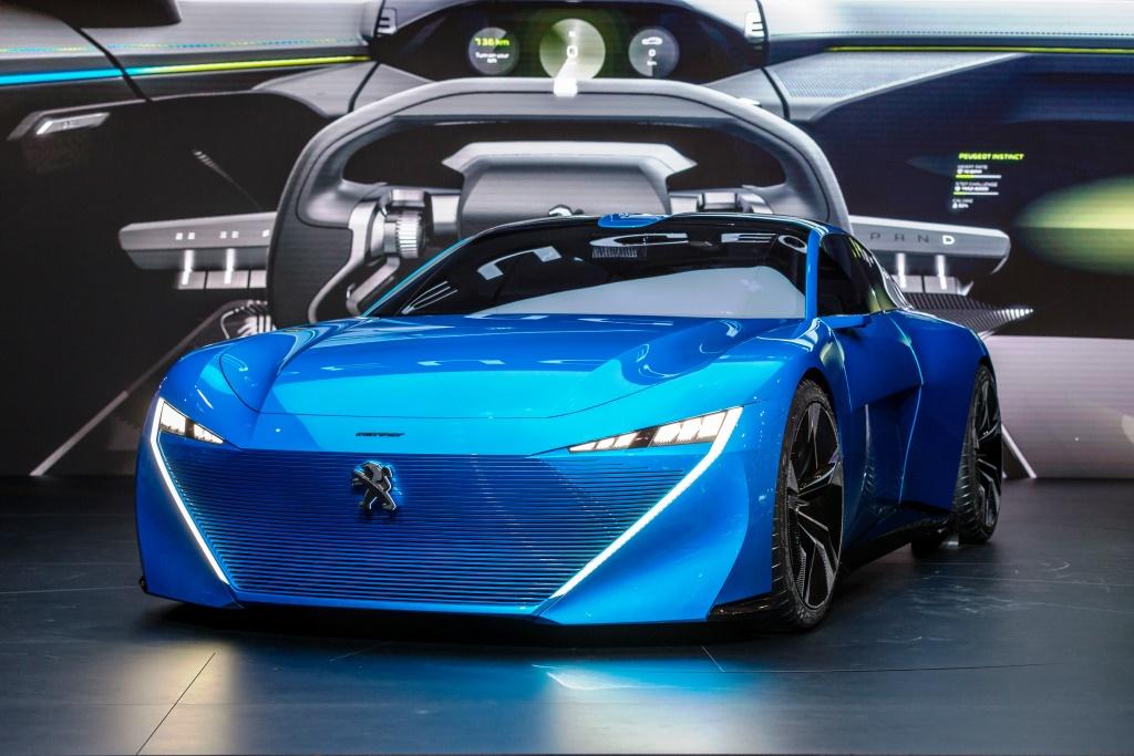 Peugeot Sürdürülebilir Mobilite ve Otonom Sürüşte İddiasını Ortaya Koydu