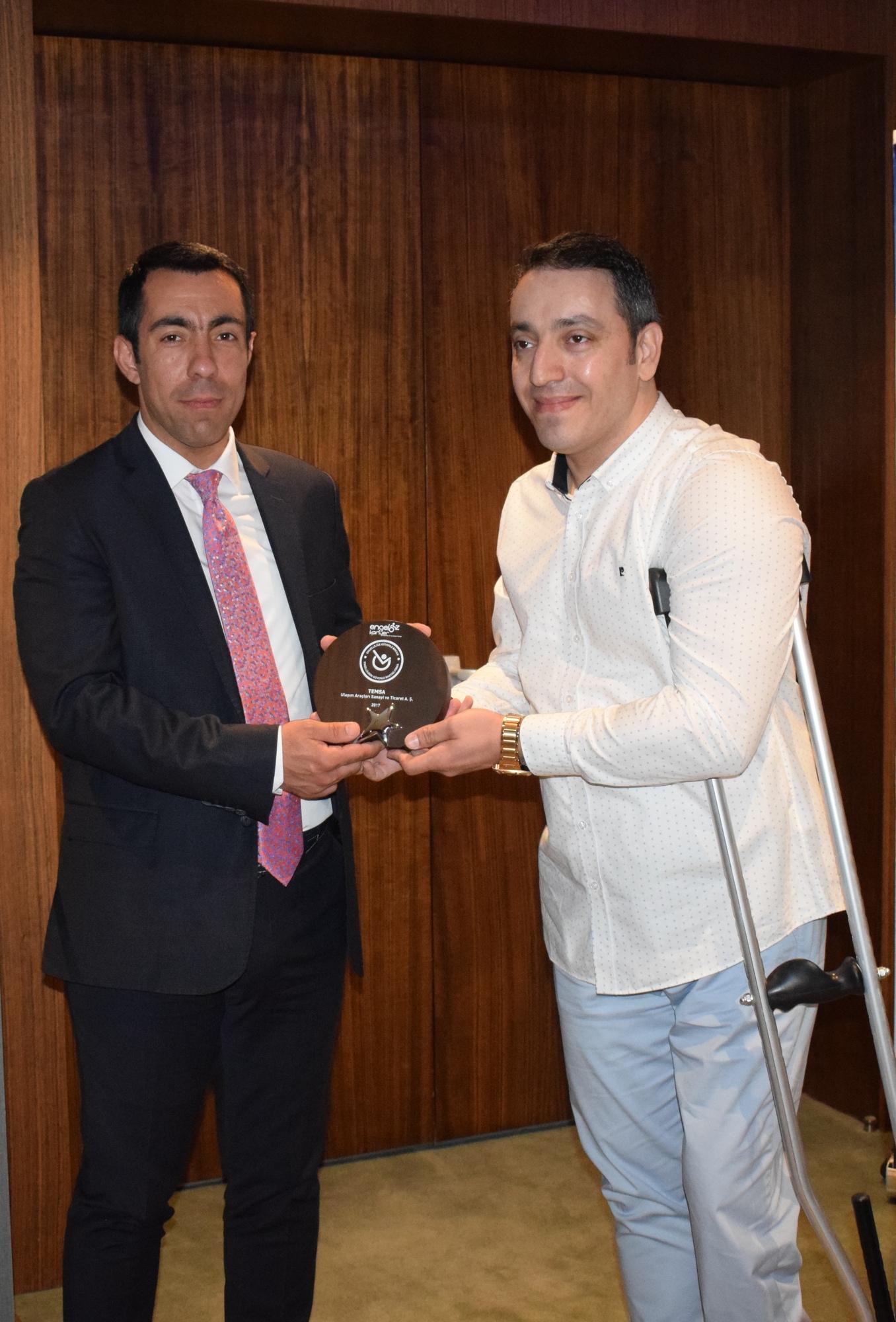 Temsa'ya 'Engellilerin Güvenle Baktığı Firma Ödülü'