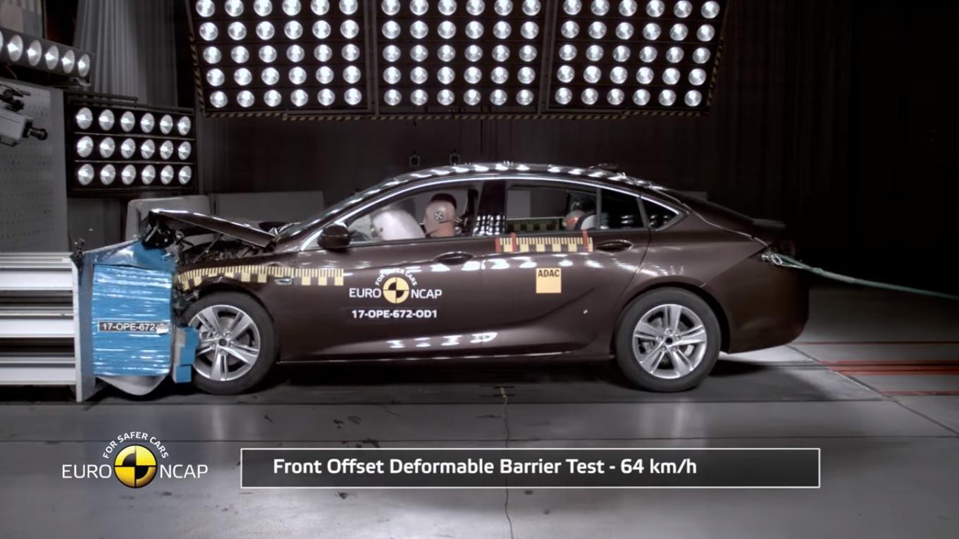 Opel Insignia Euro Ncap Çarpışma Testinden 5 Yıldız Aldı