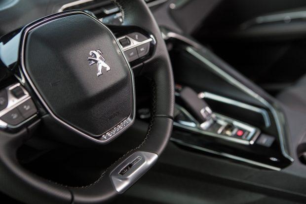 Peugeot 5008 03