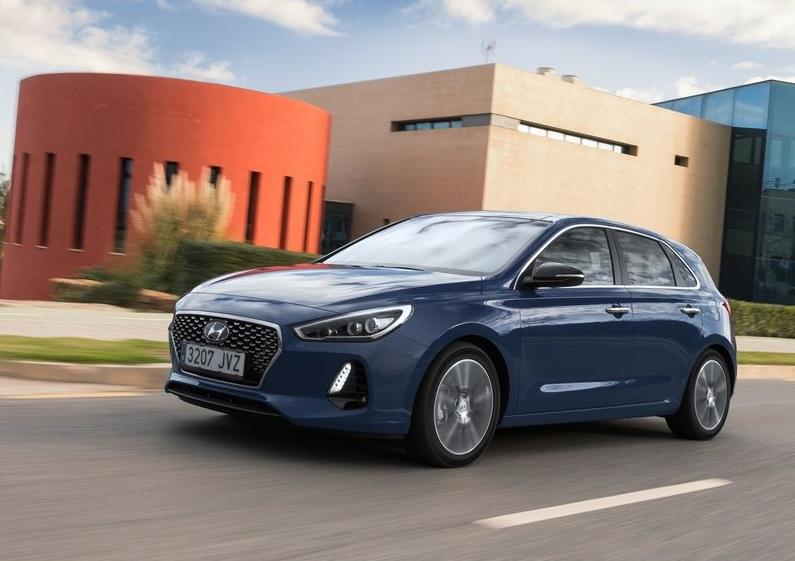 Hyundai Eylül Ayında i30'da Otomatik Şanzıman Hediye Ediyor