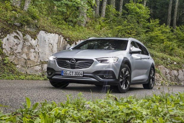 Opel Insignia Country Tourer 2.0 biturbo
