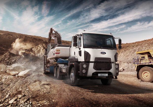 Ford Trucks 6x4 Çekici Modeli 3542T Satışa Sunuldu