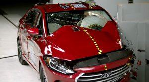 Hyundai Elantra IIHS Çarpışma Testlerinde En Yüksek Skora Ulaştı