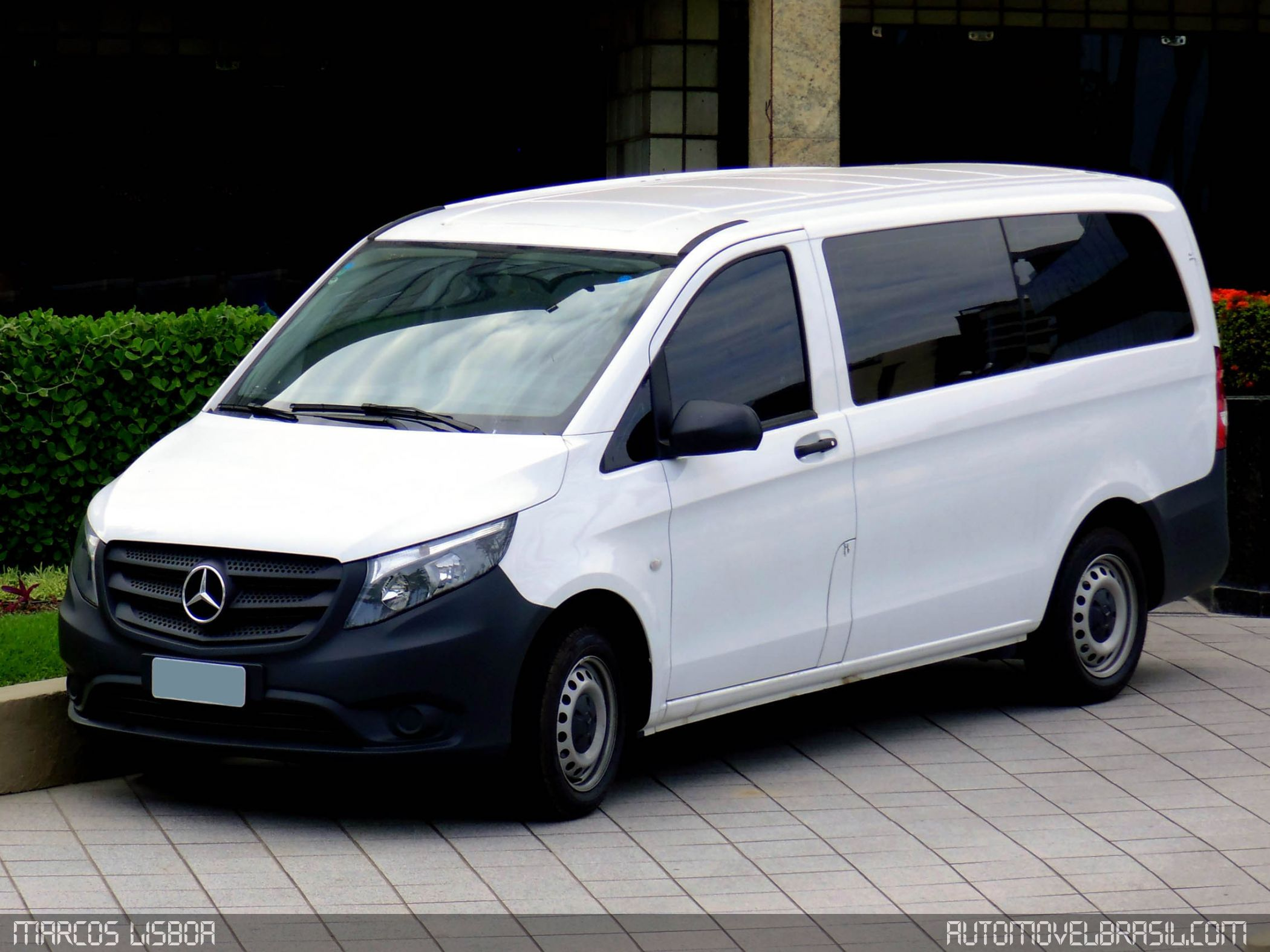 Dizel Motorlu Mercedes-Benz Vito Van Emisyon Nedeniyle Geri Çağrılabilir