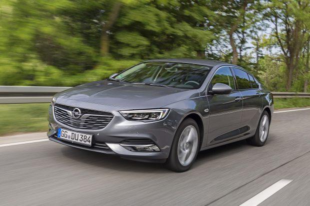 Opel Insignia new motor 1