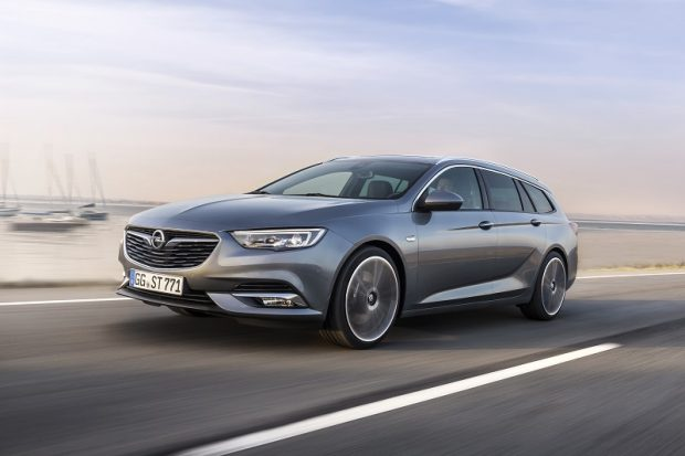 Opel Insignia yeni benzinli motor 2