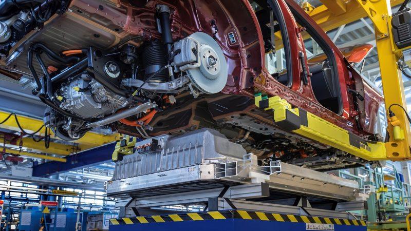 Otomotiv Devi Çin'de Elektrikli Otomobil Üretimi Gerçekleştirecek