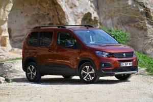 Peugeot Yeni Kombivan Modeli Rifter'ı Türkiye'de Satışa Sundu