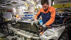 Elektrikli Otomobilleri İçin Multi Milyar Dolarlık Anlaşma İmzaladı