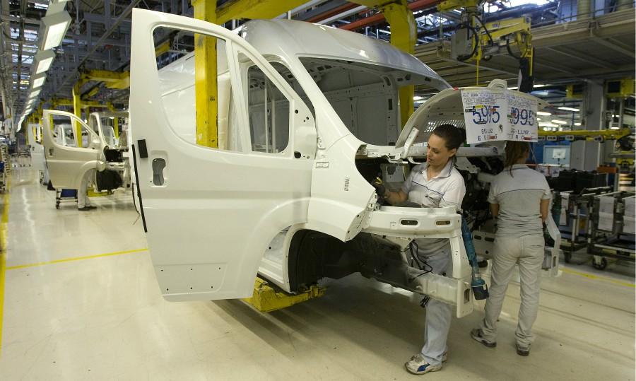 Groupe PSA Büyük Hacimli Ticari Araç Üretim Kapasitesini Artırıyor