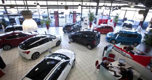 Fransa Otomobil Pazarı Satışları Dibe Vurdu