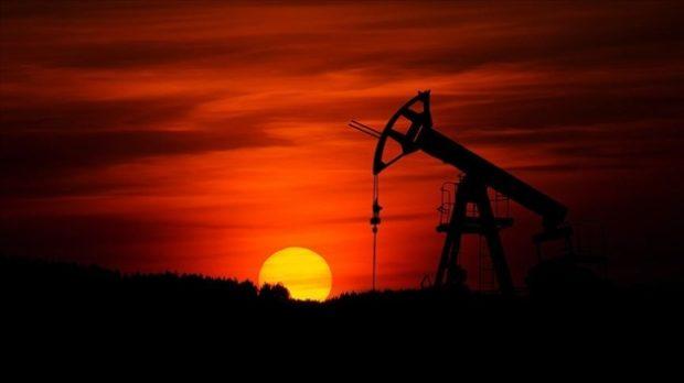 petrol uretim azalma