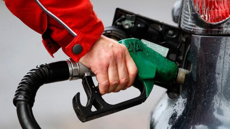 Motorin ve Benzinin Litre Satış Fiyatı Yeniden Zamlandı