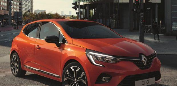 Yeni Renault Clio Türkiye'de Yılın Otomobili Olarak Seçildi